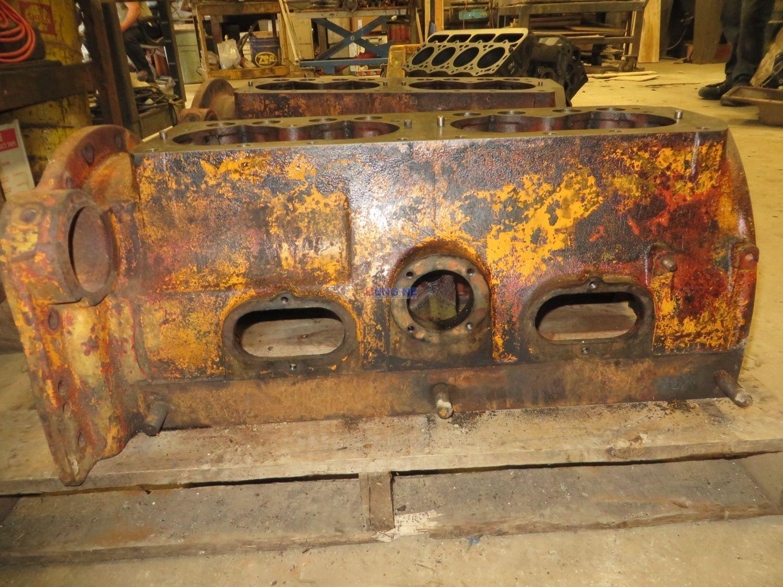Minneapolis Moline Engine Parts : Minneapolis moline engine block good used ke g